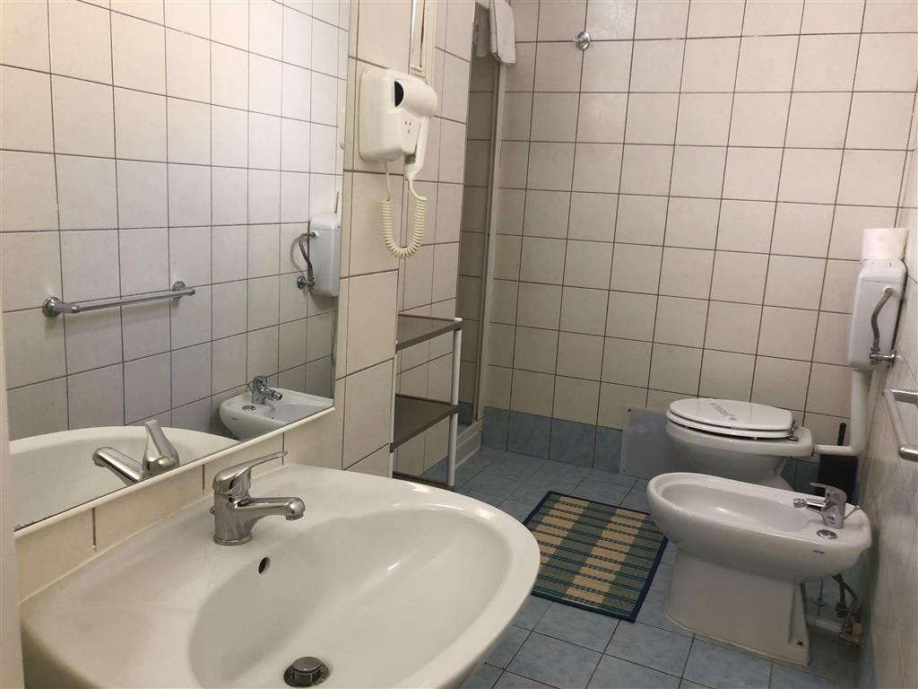 http://data.happytravel.sk/t2/Hotel/1004/31328.jpeg