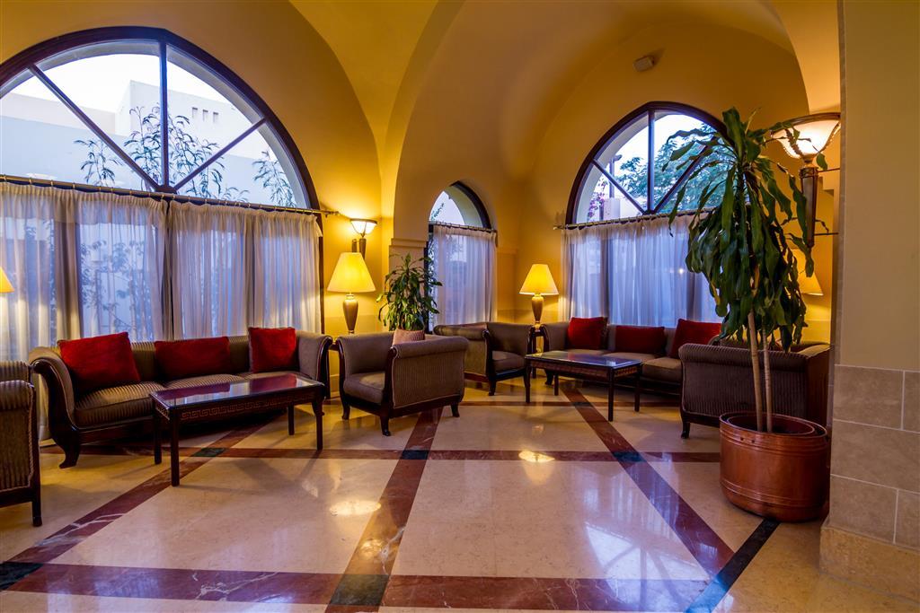 http://data.happytravel.sk/t2/Hotel/1031/27696.jpeg