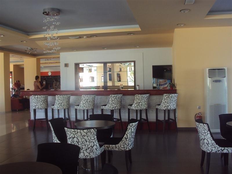 http://data.happytravel.sk/t2/Hotel/1039/26119.jpeg