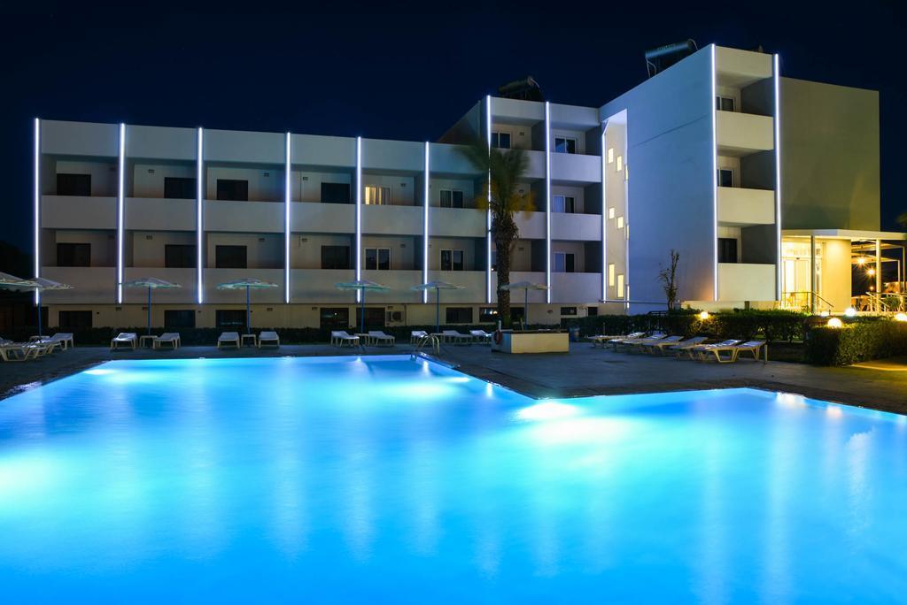 http://data.happytravel.sk/t2/Hotel/105/28344.jpeg
