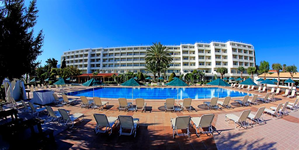 http://data.happytravel.sk/t2/Hotel/1075/37648.jpeg