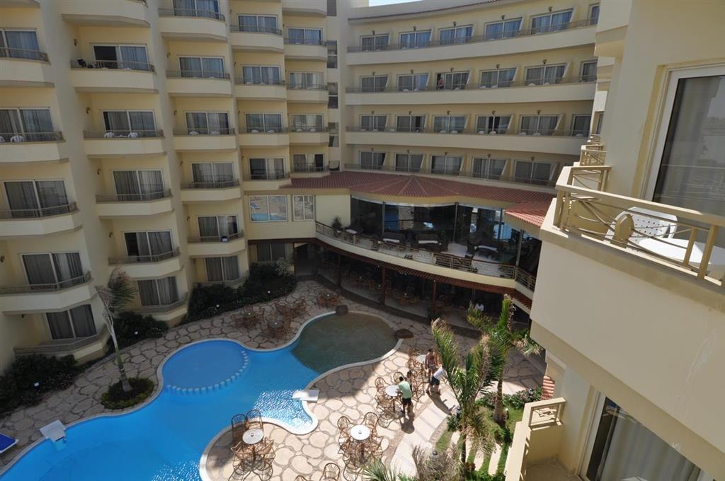 http://data.happytravel.sk/t2/Hotel/1083/27259.jpeg