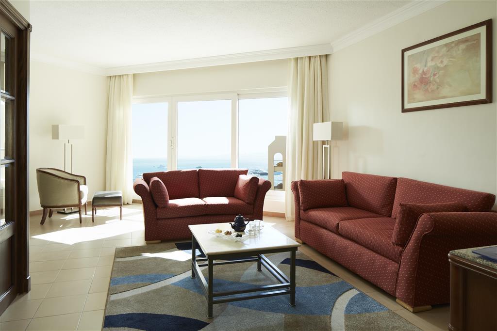 http://data.happytravel.sk/t2/Hotel/1084/27579.jpeg