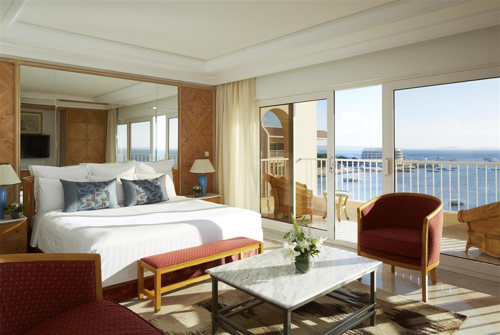 http://data.happytravel.sk/t2/Hotel/1084/27584.jpeg