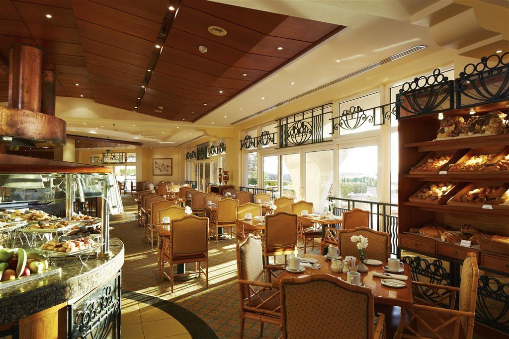 http://data.happytravel.sk/t2/Hotel/1084/27589.jpeg