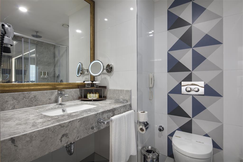 http://data.happytravel.sk/t2/Hotel/1118/33010.jpeg