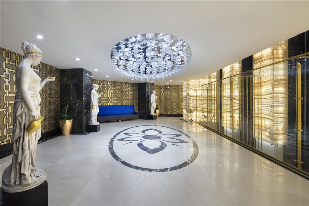 http://data.happytravel.sk/t2/Hotel/1118/33027.jpeg