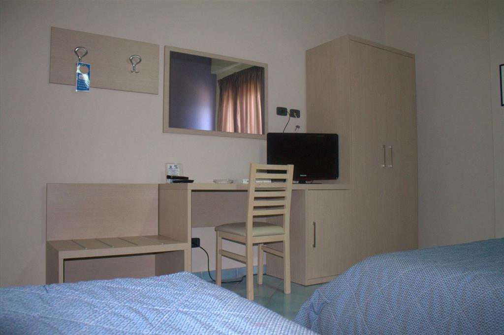 http://data.happytravel.sk/t2/Hotel/1172/33420.jpeg