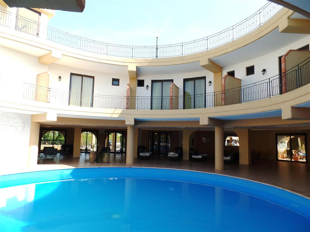 http://data.happytravel.sk/t2/Hotel/12180.jpeg