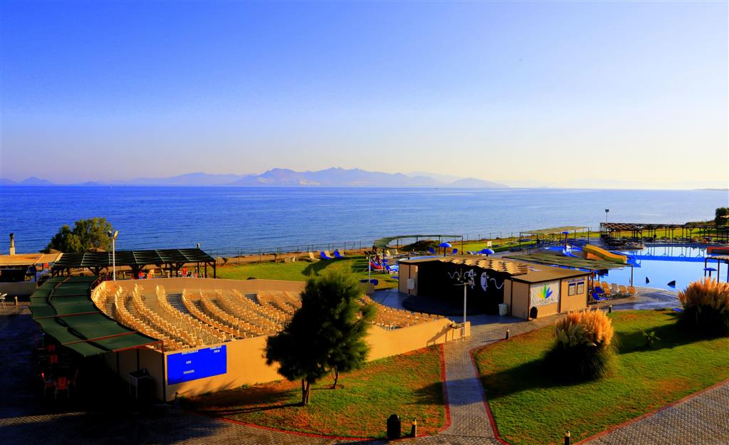 LABRANDA Marine Aquapark Resort - 15 Popup navigation