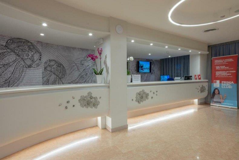 http://data.happytravel.sk/t2/Hotel/1261/37972.jpeg