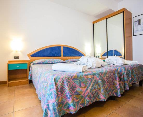 http://data.happytravel.sk/t2/Hotel/1261/37980.jpeg