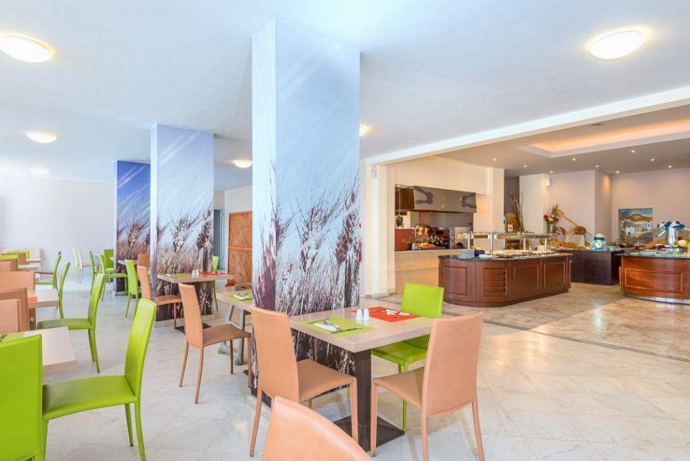 http://data.happytravel.sk/t2/Hotel/131/37503.jpeg