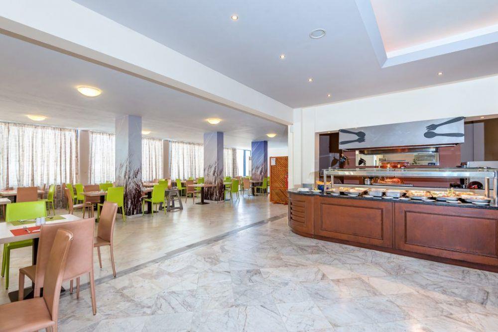 http://data.happytravel.sk/t2/Hotel/131/37504.jpeg