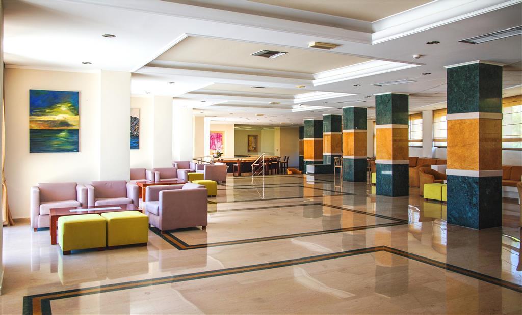 http://data.happytravel.sk/t2/Hotel/18444.jpeg