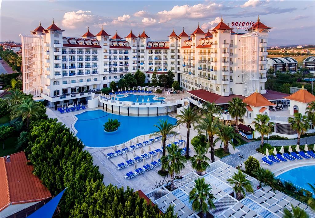 Serenis Hotel - 1
