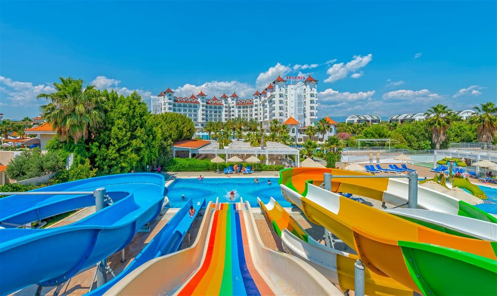 Serenis Hotel - 2