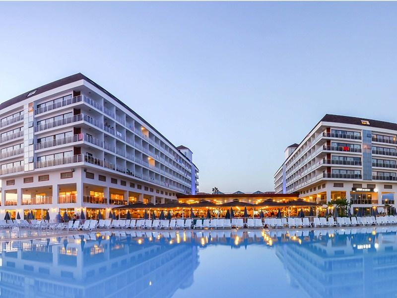 http://data.happytravel.sk/t2/Hotel/2773.jpeg