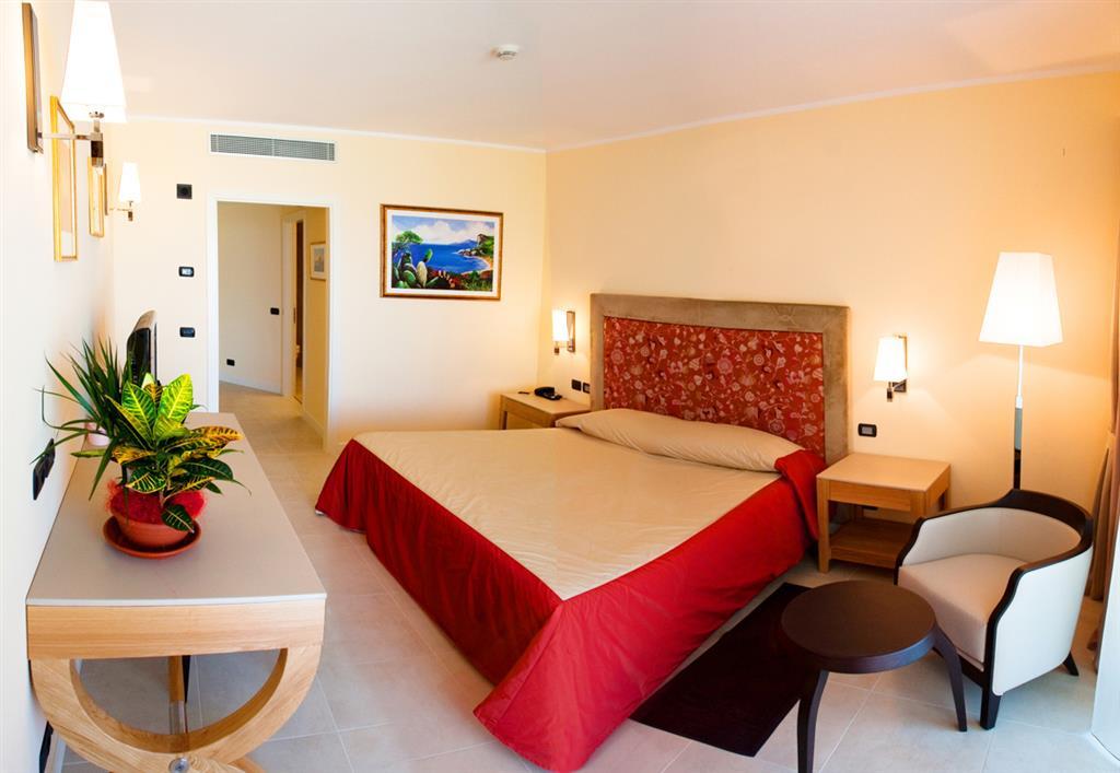 http://data.happytravel.sk/t2/Hotel/7721.jpeg
