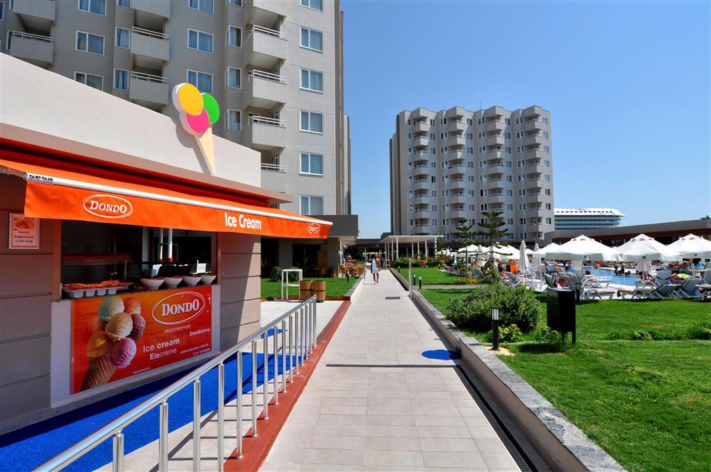 http://data.happytravel.sk/t2/Hotel/8253.jpeg