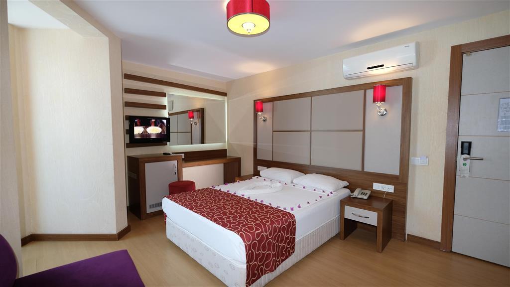 http://data.happytravel.sk/t2/Hotel/883/34926.jpeg