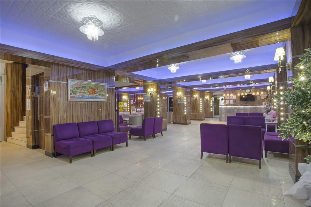 http://data.happytravel.sk/t2/Hotel/883/35594.jpeg