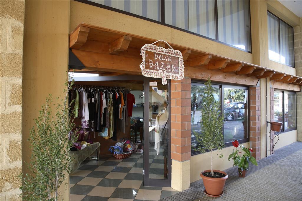 http://data.happytravel.sk/t2/Hotel/8872.jpeg