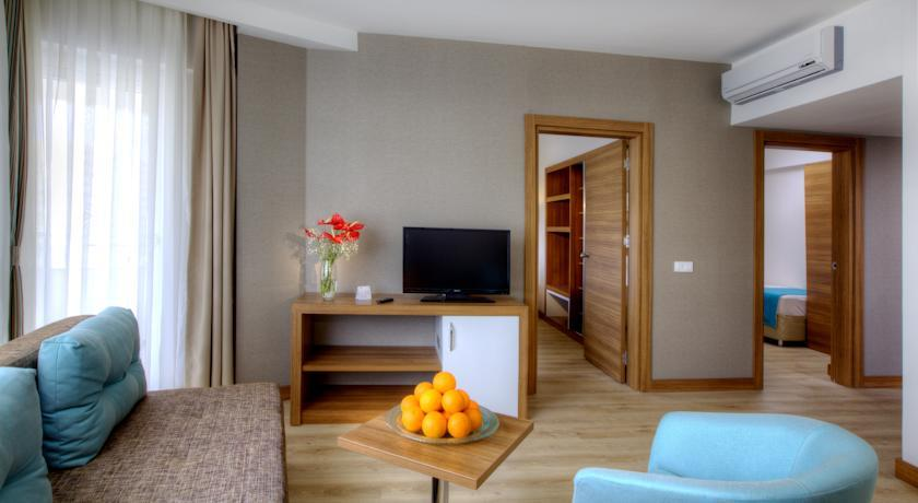 http://data.happytravel.sk/t2/Hotel/9049.jpeg