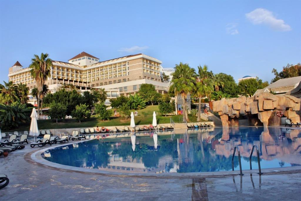 Horus Paradise Luxury Resort Hotel